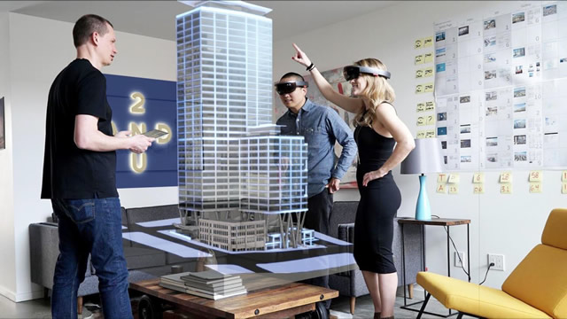 HoloLens: discover their potential in industry 4.0